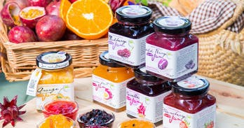 Wild Nature Chiang Mai has been working with producers for years, using only seasonal organic fruits to create a range of great jams using no colouring, preservatives nor synthetic aroma