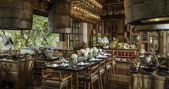 One of the best cookery classes in Chiang Mai at the Rim Tai Kitchen in the fabulous Four Seasons Resort.